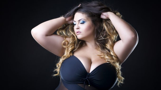 Femme pulpeuse aux gros seins cherche un plan libertin